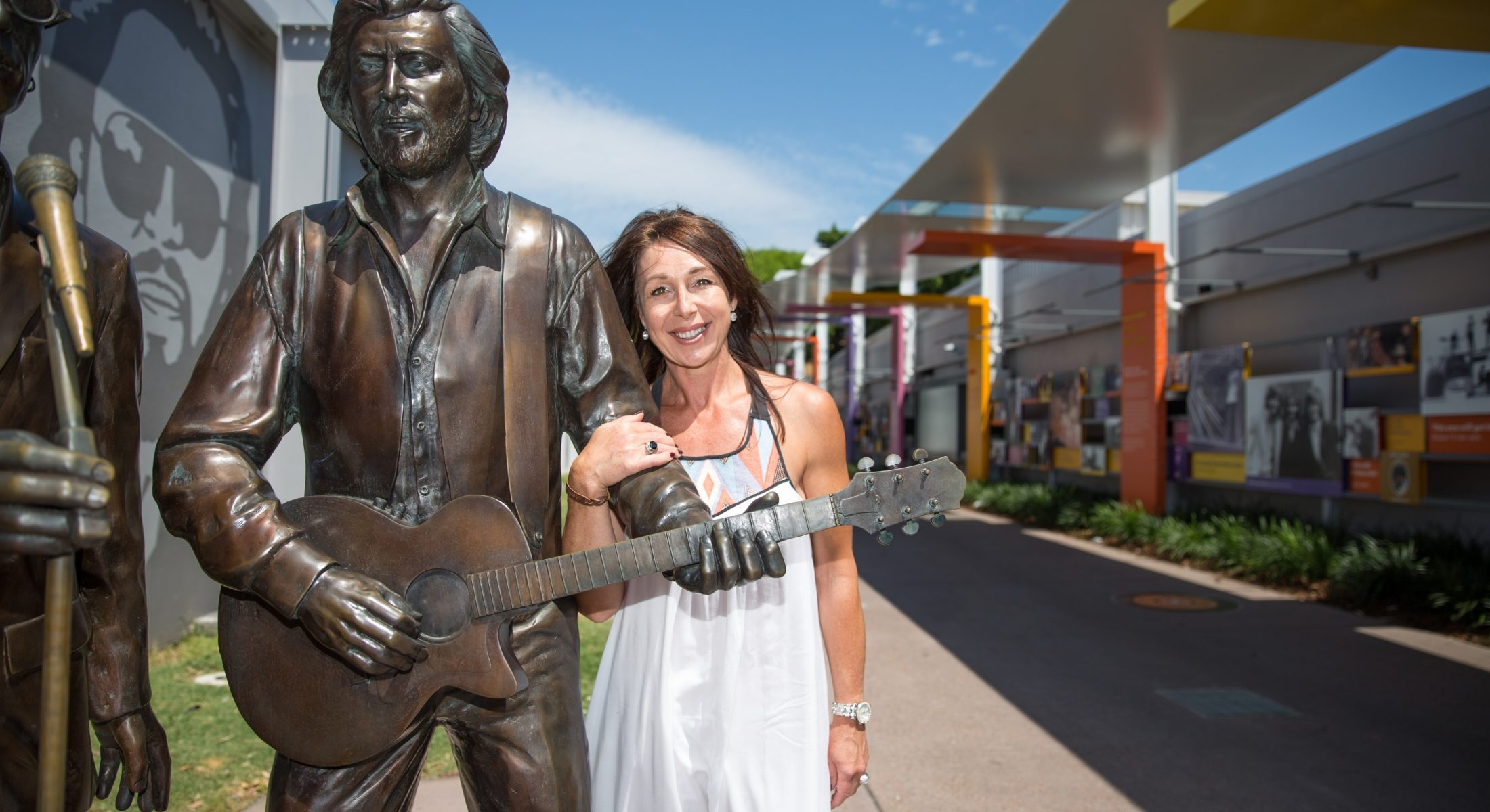 Bee Gees Way Barry Gibb Statue With Woman Redcliffe In Moreton Bay Region 2
