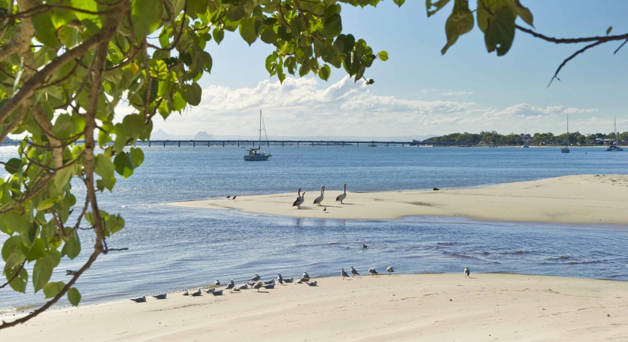 On The Bay Bribie Island Accommodation Close To Beach Near Brisbane Moreton Bay Region