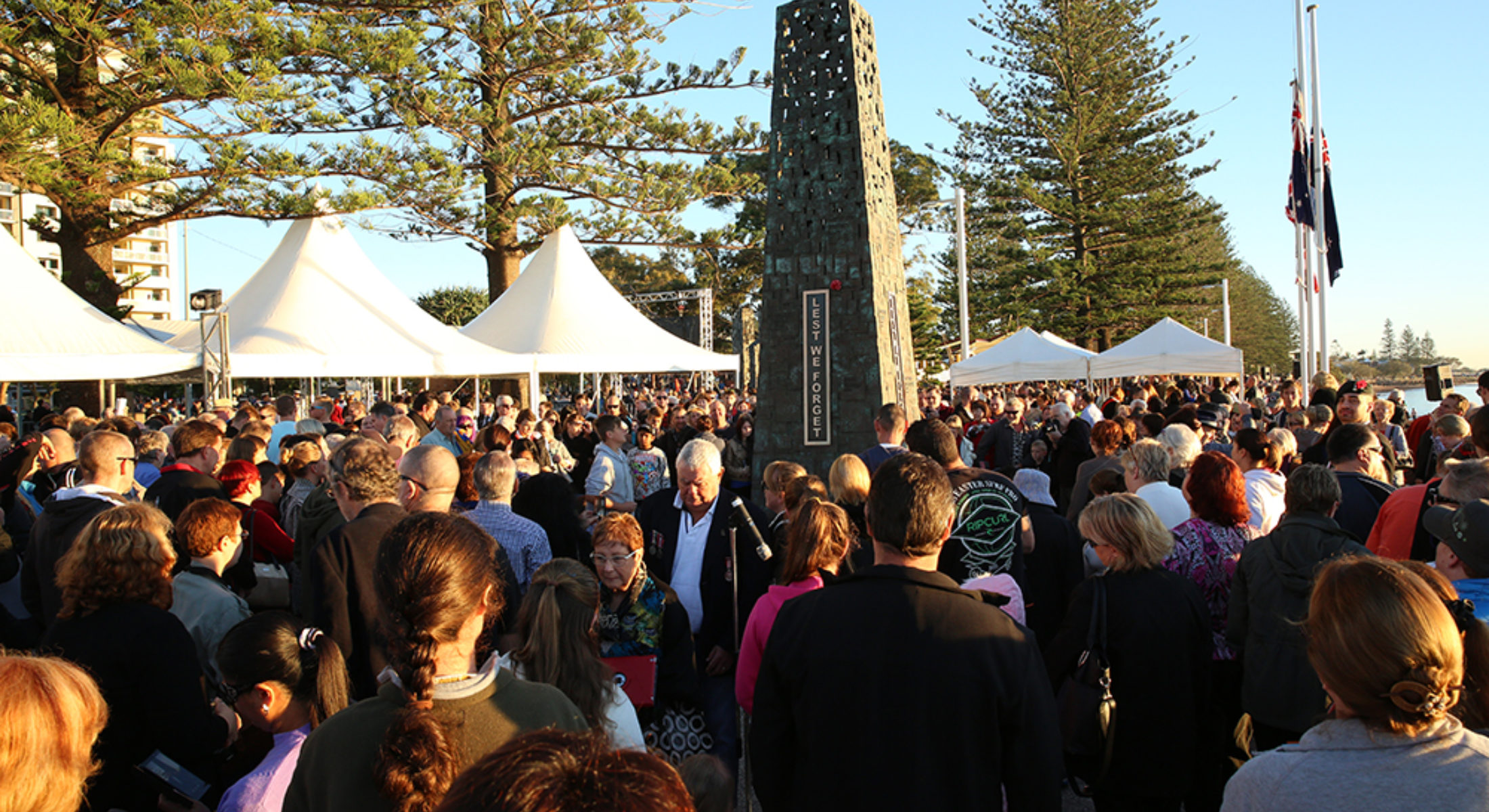 Anzac Day Redcliffe Rsl Monument
