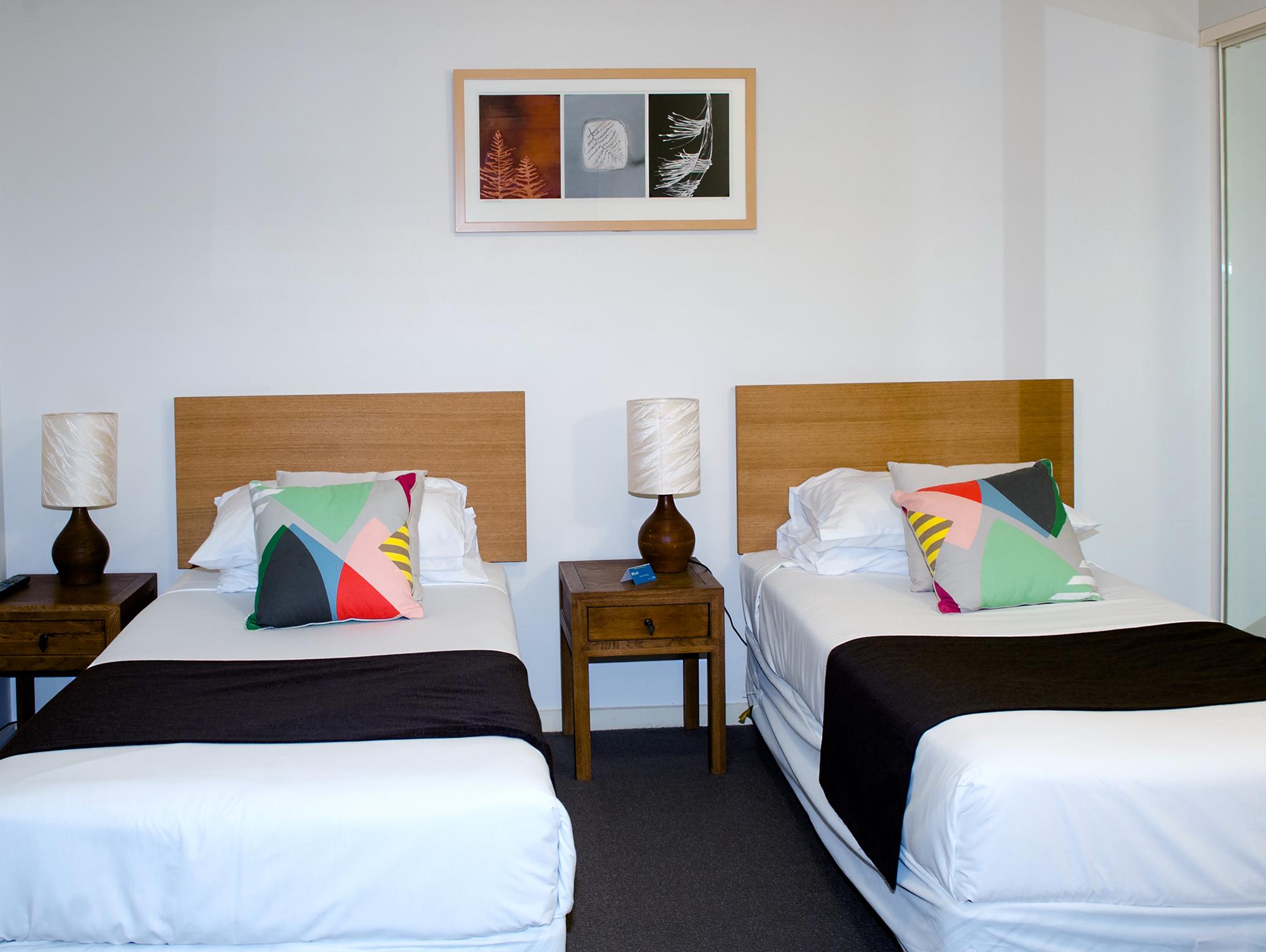 stay visit moreton bay region. Black Bedroom Furniture Sets. Home Design Ideas